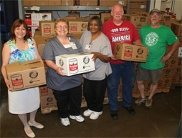 Monongahela Valley Hospital Staff Donates Record Amount of Food photo
