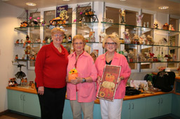 MVH Auxiliary to Hold Apple/Fall Festival photo